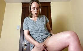 JadeRenee - Mean Mommy Likes To Watch