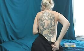 Kelly Payne - Checking Out Mom's Tattoos
