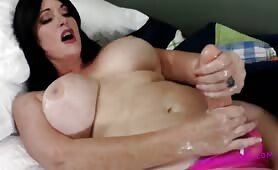 Sherry Stunns - Moms Morning Wood